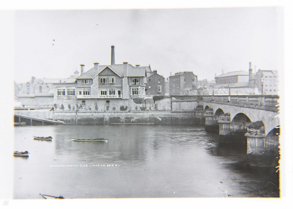Boat Pulling Race on the Shannon in 1864
