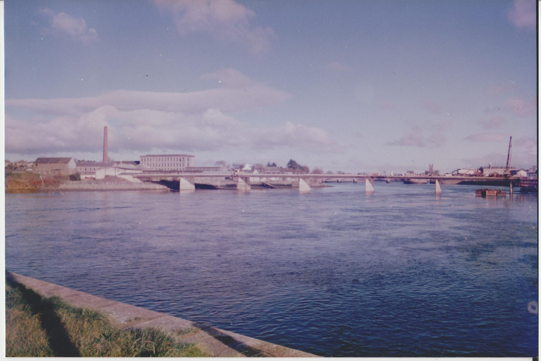 Shannon Bridge – The last bridge on the Shannon