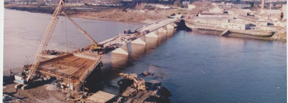 Construction of Shannon Bridge in 1986 and 1987