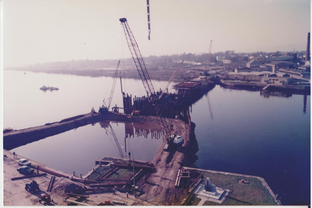 Seamen's memorial