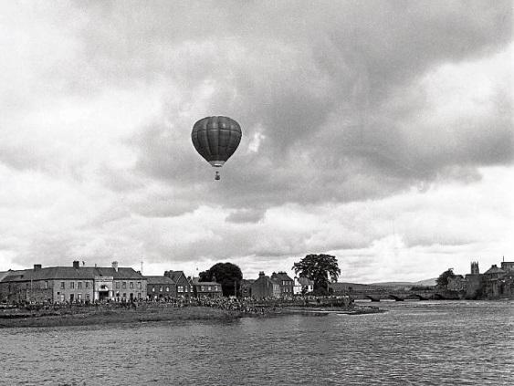 1970 balloon reenacting Richard Crosbie flight