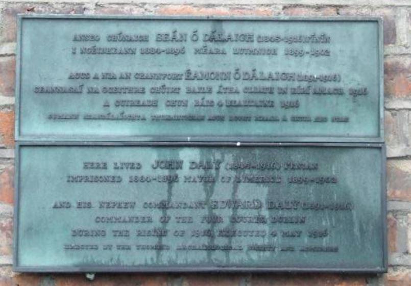 Eamon De Valera unveiling The Daly plaque 1966